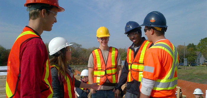 DC students work with Habitat for Humanity