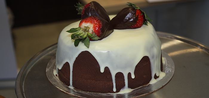 Chocolate cake with strawberry chocolate.