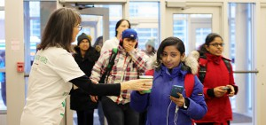 DC students arrive to campus and receive a welcome back hot chocolate from staff.