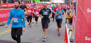 Run for DC participants at Scotiabank Toronto Waterfront Marathon